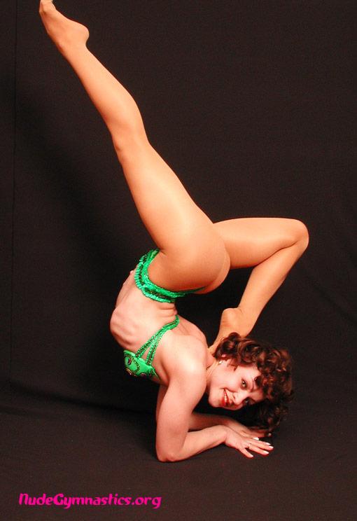 Hot sexy gymnast